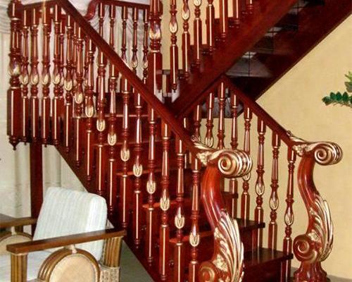 楼梯立柱加工