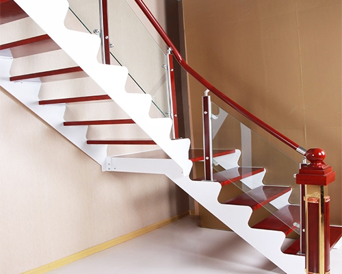 室内钢木楼梯