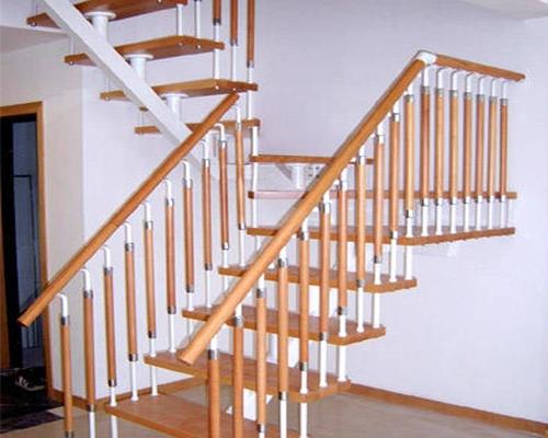 家用钢木楼梯