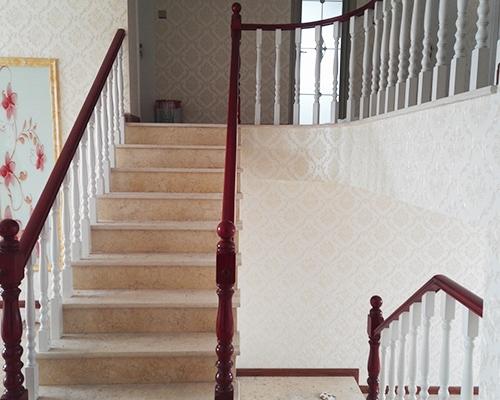 欧式木楼梯